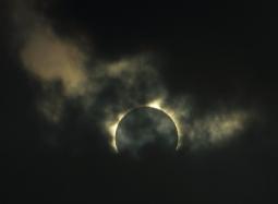 2012-11-14-TotalSolarEclipseAustralia